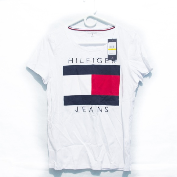 df4bcc0057e74 Tommy Hilfiger Womens T-Shirt Big Flag Logo Medium